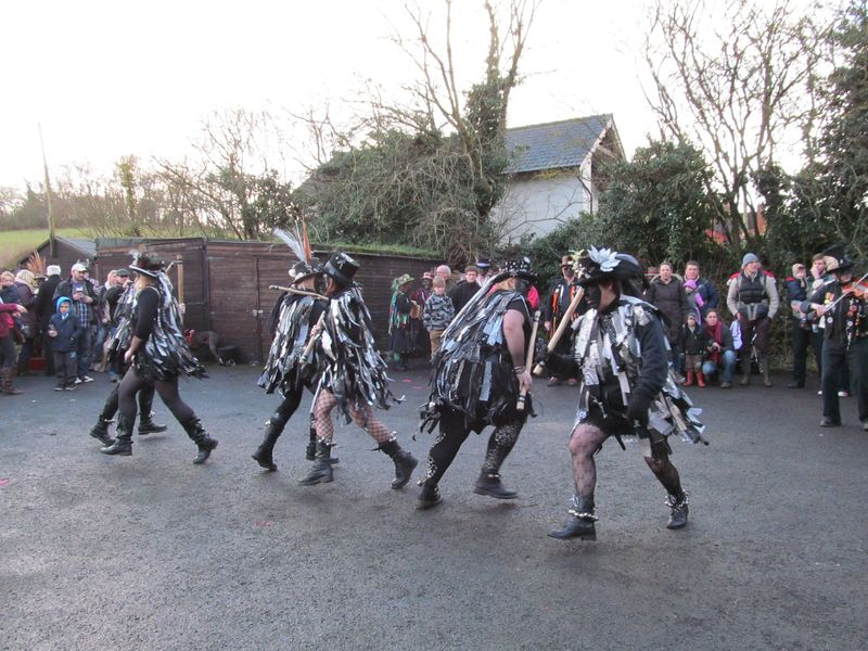 Alvechurch morris dancers 1 1 2013 057